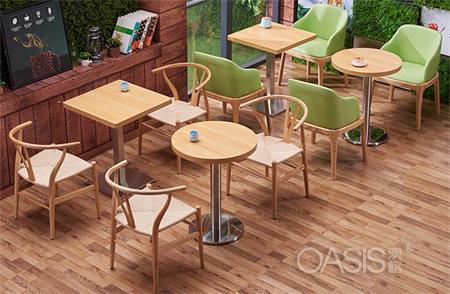 咖啡店选择实木贴面的咖啡桌子好吗