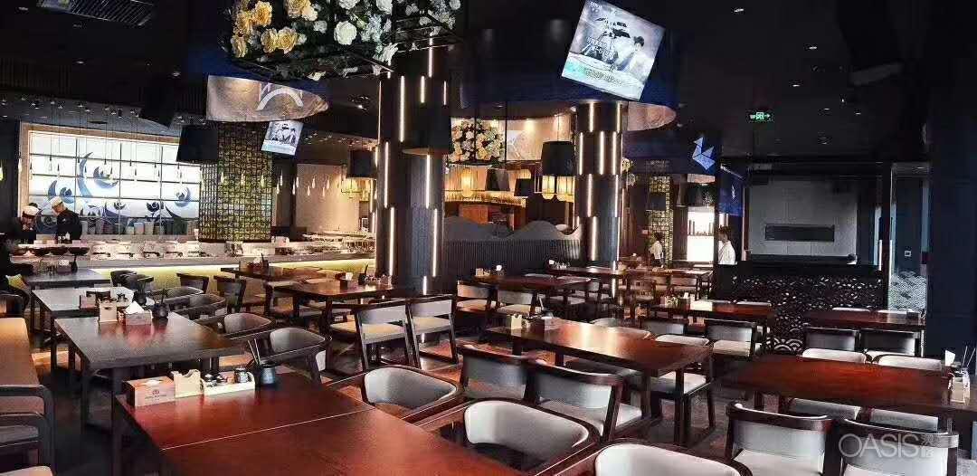 深圳餐饮咖啡厅桌椅选购要看现场的实际空间大小
